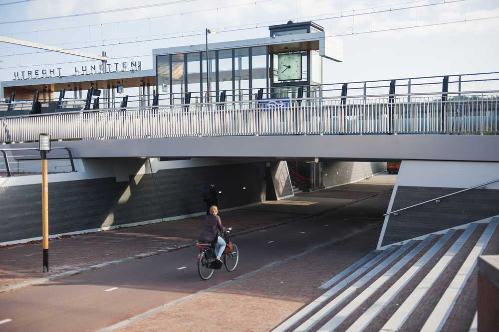 Bicycle route subway Lunetten