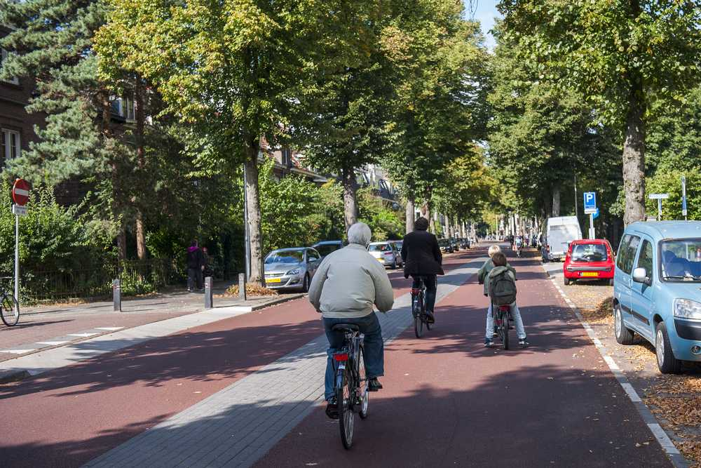 Bicycle street Prins Hendriklaan